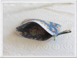 Täschchen Mäppchen Stiftetasche Schmucktasche Schminktasche Blumen Blau