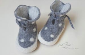 Babyschuhe aus Filz,♥ la vie est belle ♥, Filzschuhe, Geburt, filZeit, Taufe, Geschenk, Kinder,