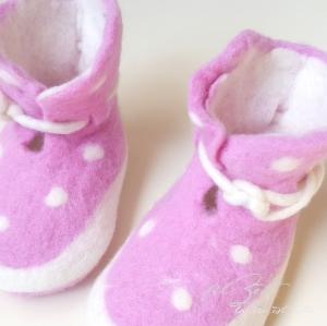 Babyschuhe aus Filz, ♥ la vie est belle ♥, Filzschuhe, Geburt, filZeit, Taufe, Geschenk, Kinder,  Mädchen