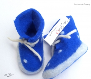 Babyschuhe aus Filz,♥ la vie est belle ♥ Filzschuhe, Geburt, filZeit, Taufe, Geschenk, Kinder,