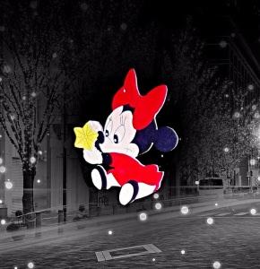Handgefertigtes Fensterbild mit Minni Mouse Motiv