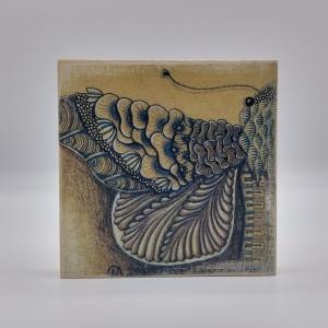 ZIA -Motte- auf Holz