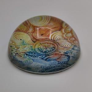 Glashalbkugel mit Mandala