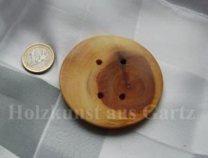 Großer  Knopf aus Kirschholz- sehr dekorativ - naturbelassen - Handarbeit kaufen