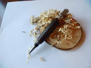 Originelle Kugelschreiber aus einem Tannenzapfen hergestellt - Handarbeit