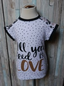 Easy Peasy T-Shirt All you need is love Größe 110