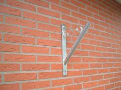 Fahnenhalter - Fahnenstangen-Halterung - Fahnenmast - Halterung für Fahnen - Handarbeit - feuerverzinkt