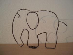 Elefant aus Metall - Standfigur - Tischdeko - für Elefantenliebhaber - Handarbeit kaufen