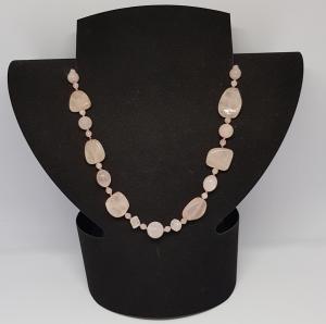 Rosenquarz Halskette ,Länge 49cm, handgeknüpft