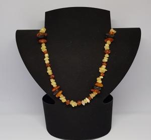Bernstein/Calcit Halskette Länge 44cm, handgeknüpft