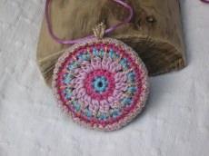 Gute Laune Häkelkette, Textilschmuck, Halskette
