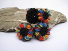 Blütenknöpfe Frühlingserwachen mit Farbtupfer