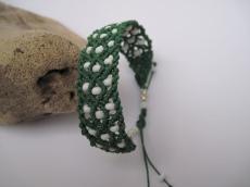 Grünes Macrame Armband