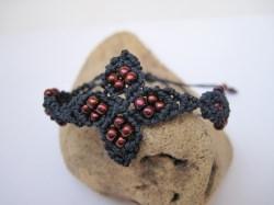 Macrame Armband mit schönen Roccailles