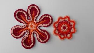 Häkelapplikation: 2 Häkelblumen, Häkelblumen zum Basteln, dekorieren oder aufpimpen