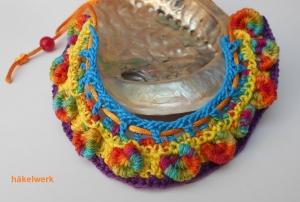 kunterbunte Halskette, Häkelkette, Textilschmuck mit boho touch