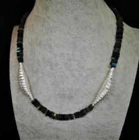 Labradorithkette mit Silberteilen