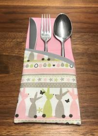 2 Festliche Bestecktaschen im Ostern-Design