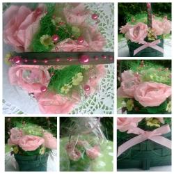 Blumenstrauß mit Süßigkeiten