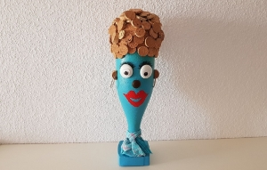 """Flaschenfreundin """"Korky Blue"""" - dekorativer Flaschenkopf"""