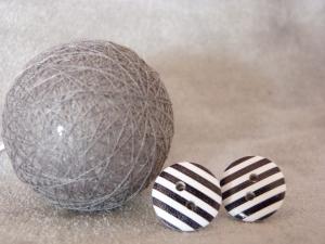 Ohrstecker Streifen weiß mit schwarz