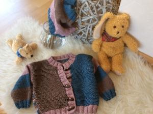 Freche Babyjacken Kombination im Landhausstil - Handarbeit kaufen