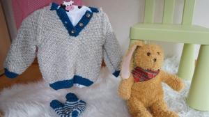 Frecher Baby Kapuzenpulli im Lanhausstil - Handarbeit kaufen
