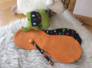 Baby Spuck-, und Schultertücher,dazu ein passendes Schnullerband und ein Elefant