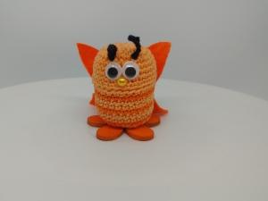 gehäkelte Ü-Ei Kapsel Schmetterling orange