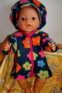 Warmer Puppenmantel mit Mütze, Puppenkleidung, Puppenhut,Pullover, Puppenjacke