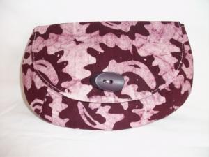 Tolle Clutch aus gebatikter Baumwolle in Violett und Rosa, handgenäht