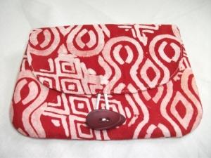 Kleine Tasche im afrikanischen Style in Rot und Weiß, handgemacht