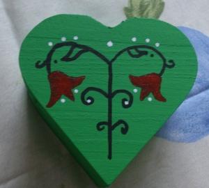 Herz, Herzdose, Dose aus Holz, bemalt, rot oder grün kaufen Valentinstag Schmuckdose, Geschenkdose