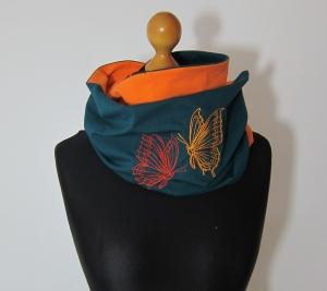 Türkis/oranger Jersey Loopschal mit Schmetterling Stickerei