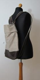Tasche in Rucksack wandelbar, aus braunem und silbernem Leder