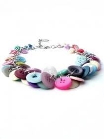 Pastellfarbige Halskette mit Knöpfe und silberfarbige Gliederkette. Handgefertigte Kette, puderfarbig Collier, pastel Knöpfe Kette, Per Elle - Handarbeit kaufen