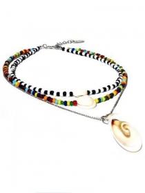 Halskette mit Glasperlen und Muschelperlen. Handgefertigte Kette mit 3 Reihen, Rocailles schwarz, weiß, mehrfarbig und Gliederkette - Handarbeit kaufen