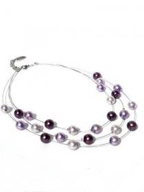 Kette Glasperlen in violett und lila. Handgefertigte Halskette mit 3 Reihen violett und lila Glasperlen - Handarbeit kaufen