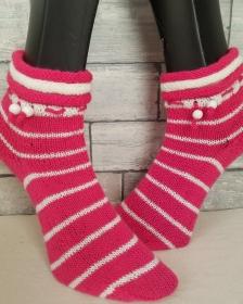 handgestrickte Socke , Gr.38/39,Pink/ Weiß  Rollrand, Holzkugel  - Handarbeit kaufen