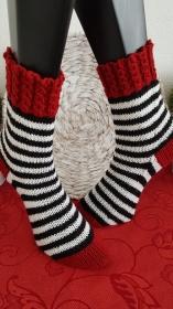 handgestrickte Socke  Farbklecks, Gr.40/41, Weinrot
