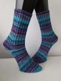 gestrickte Socken, Gr.38/39 Blau/Türkis/Lila - Handarbeit kaufen