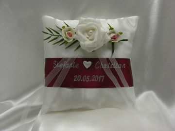 Ringkissen zur Hochzeit mit Namen/Datum R01