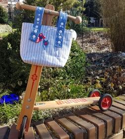 genähte Lenkertasche oder Kindergartentasche mit zwei Herzen - Handarbeit kaufen