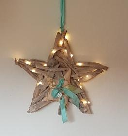 Adventskranz in Form eines Sternes für Wand und Tür, Farben Puder, Mint, Gold - mit LED-Beleuchtung - Handarbeit kaufen