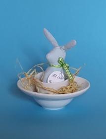 genähtes Häschen im Eierbecher - hellblau - Schönes für den liebevoll gedeckten Frühstückstisch - Handarbeit kaufen