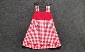 genähtes Mädchenkleid/Hängerchen aus Baumwollstoff - rot und weiß - kariert und gepunktet -  mit gehäkelten Herzen - ideal für Zwillinge - Handarbeit kaufen