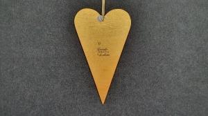 ausgesägtes großes Herz im skandinavischen Stil in Gold mit Schriftzug  - Handarbeit kaufen