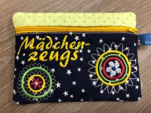 Tasche, kleine Kosmetiktasche Blau Sterne Handarbeit gestickt Mädelszeugs Mädchenzeugs - Handarbeit kaufen