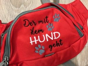 Schöne Gürteltasche/ Gassitasche/ Bauchtasche mit tollem Spruch bestickt  - Handarbeit kaufen