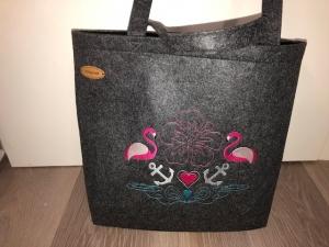 Sehr schöne bestickte Filztasche/ Tragetasche/ Shopper Flamingo  - Handarbeit kaufen